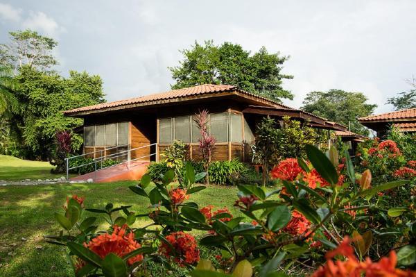 Hotel Pictures: Hotel Canto de Ballenas, Uvita