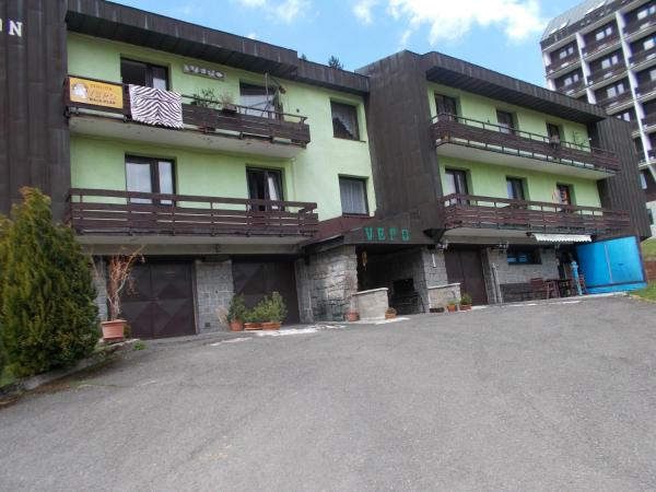 Hotel Pictures: Penzion VEPO, Pec pod Snezkou