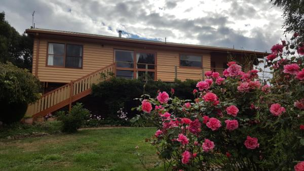 Foto Hotel: Wisteria Lodge, Launceston