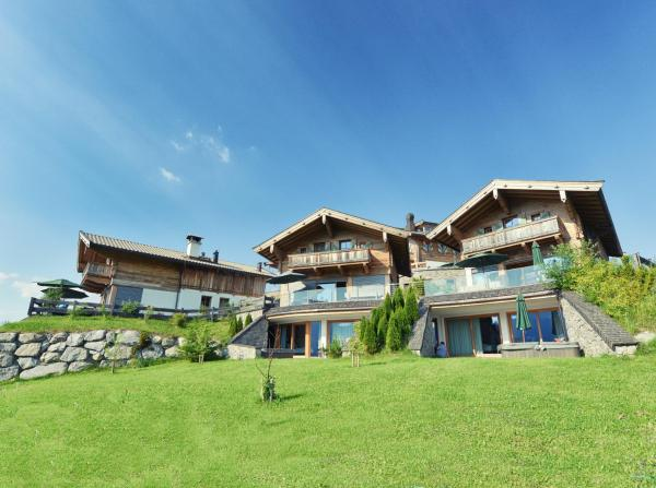 Hotel Pictures: Maierl-Alm & Maierl-Chalets, Kirchberg in Tirol