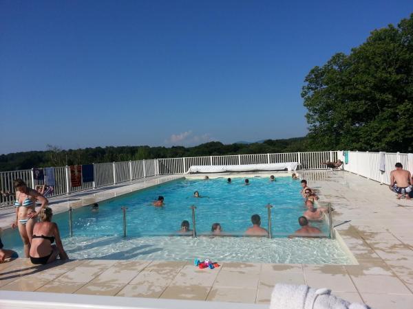 Hotel Pictures: Camping du Lac de Bournazel, Seilhac
