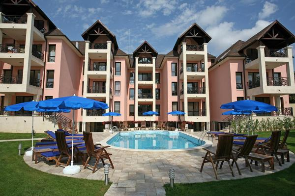 Foto Hotel: Blue Apartment, Saints Constantine and Helena
