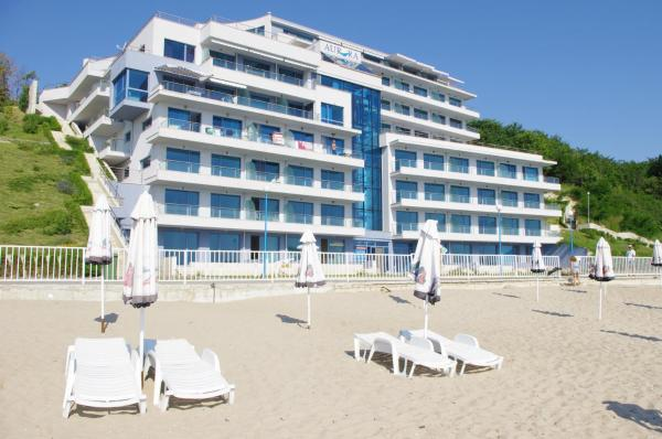Hotel Pictures: Aurora apartments on the beach, Obzor