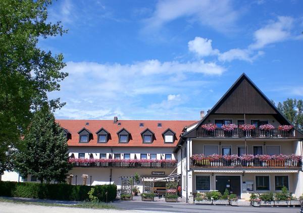 Hotel Pictures: Hotel-Gasthof Zum Bartl, Sulzbach-Rosenberg