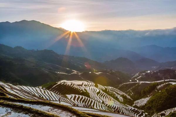 Hotel Pictures: Jinyuan Gelou Homestay, Longsheng