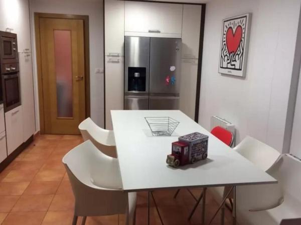 Hotel Pictures: Apartment in Malpica A Coruna 102447, Malpica