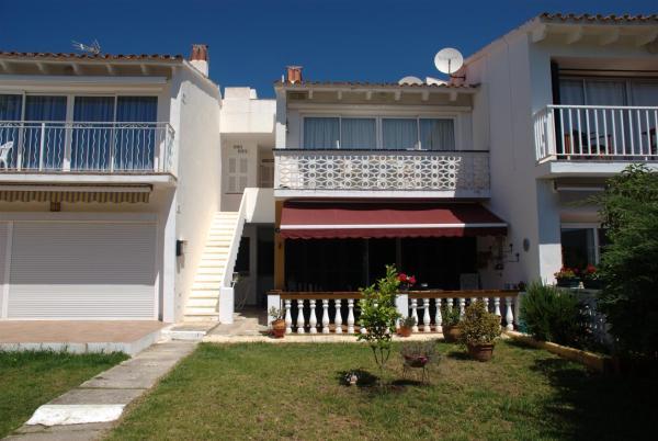 Hotel Pictures: Apartamentos S'Algar Jardín, SAlgar