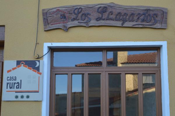 Hotel Pictures: Casa Rural Los Lláganos, Villaturiel