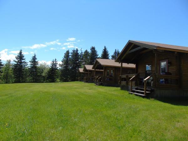 Hotel Pictures: Cajun Cedar Log Cottages, Margaree Forks