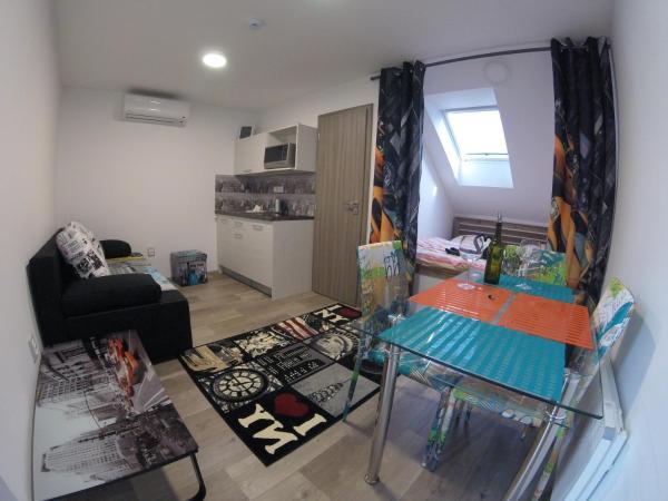 Hotel Pictures: Penzion U Hada, Velké Pavlovice