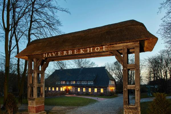 Hotel Pictures: Landhaus Haverbeckhof, Niederhaverbeck