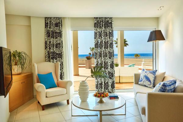 Master Suite with Terrace and Panoramic Sea View