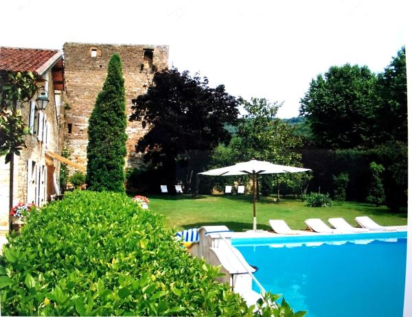 Hotel Pictures: Remparts 12, Cuiseaux