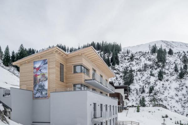 Fotos do Hotel: Mondschein Chalet, Stuben am Arlberg