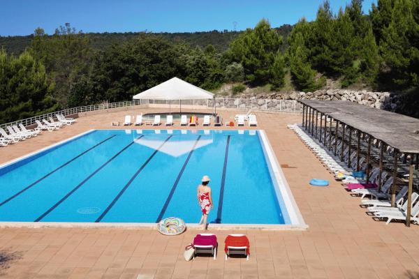 Hotel Pictures: , Montagnac