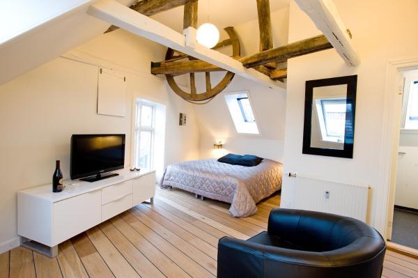 Hotel Pictures: Den Gamle Købmandsgaard Bed & Breakfast, Ribe