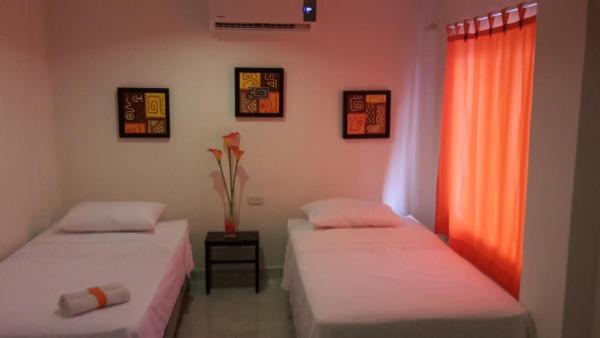Hotel Pictures: Manzanillo Beach, Cartagena de Indias