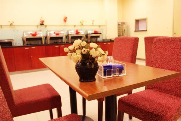 Hotel Pictures: Elan Hotel Xinyang Railway Station, Xinyang