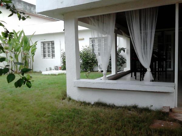 Hotel Pictures: La Case de Tiho, San-Pédro