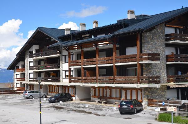 Hotel Pictures: Immeuble Le Cervin, Les Collons