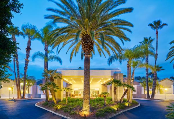 Hotel Pictures: Hotel Karlan San Diego - a DoubleTree by Hilton, Poway
