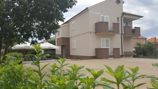 Zdjęcia hotelu: Apartments Villa Visnjik, Zadar