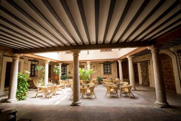 Hotel Pictures: Hospedería Real Casona la Beltraneja, Belmonte