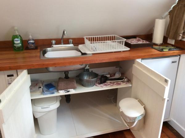 Hotel Pictures: Coho Lane Studio, Nanoose Bay