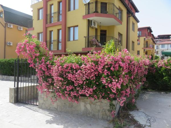 Foto Hotel: Divela 2 Apartment, Nesebar