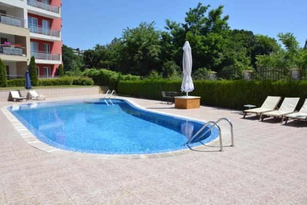 Hotellbilder: Iris Apartments, Saints Constantine and Helena