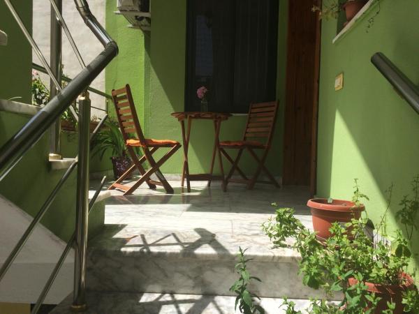 Fotos de l'hotel: Friends House, Tirana
