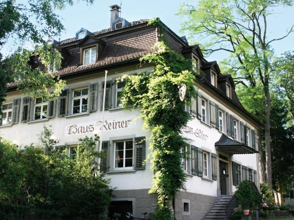 Hotellikuvia: Brauereigasthof Reiner, Lochau