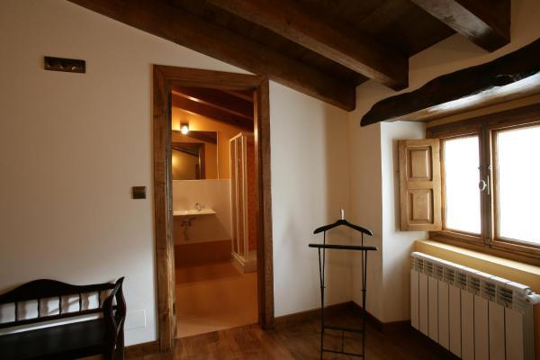 Hotel Pictures: Apartamento Casa da Igrexa, Viñós