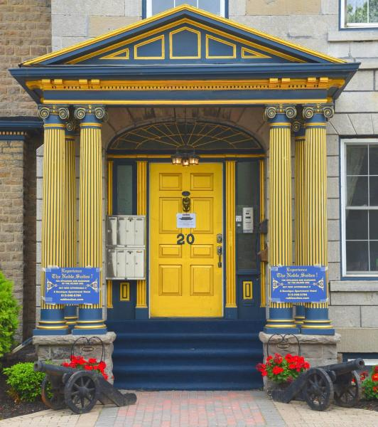 Hotel Pictures: The Noble Suites, Brockville