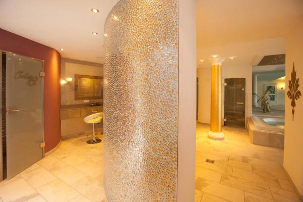 Hotel Pictures: Ferienhotel Haus Becker, Bad Laer