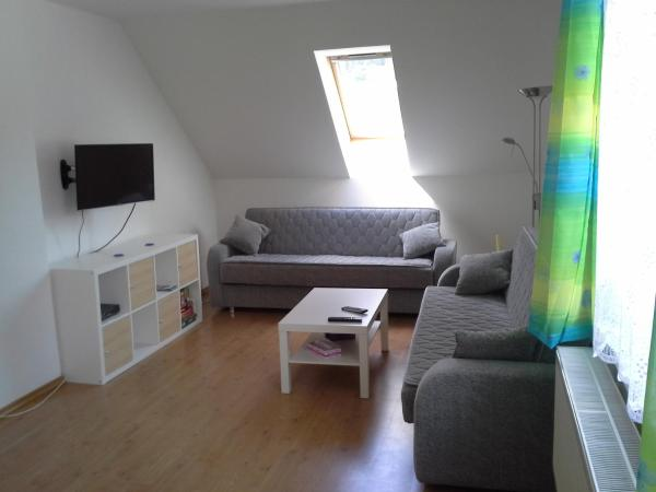 Hotel Pictures: Apartmán Hastrmánek, Kvilda 3, Kvilda