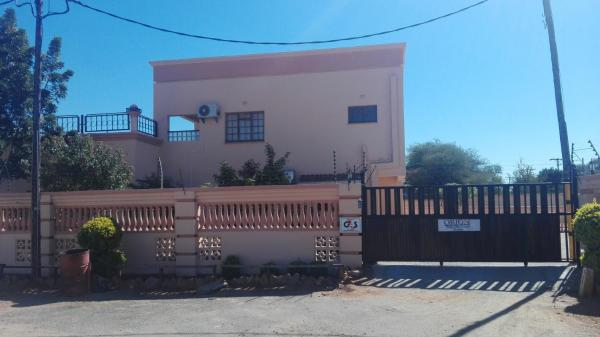 Hotel Pictures: Orion Executive Guest House, Francistown