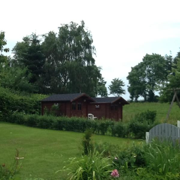 Hotel Pictures: Juelsminde Hosby B&B, Hosby
