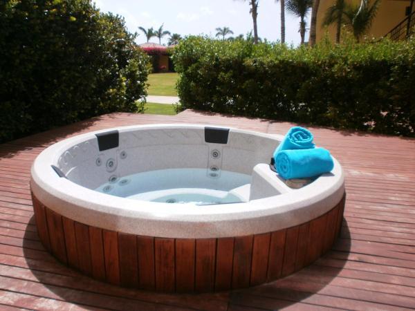 Fotos del hotel: Garden of Eden Three-bedroom condo - P116, Palm-Eagle Beach
