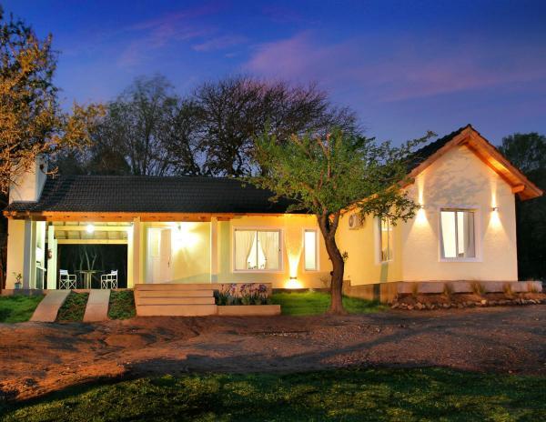 Hotel Pictures: La Faustina Casas de Campo, Villa General Belgrano