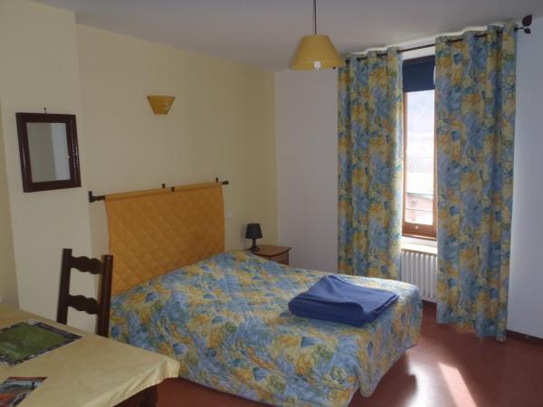Hotel Pictures: Auberge Le Chardon Bleu, Valbonnais