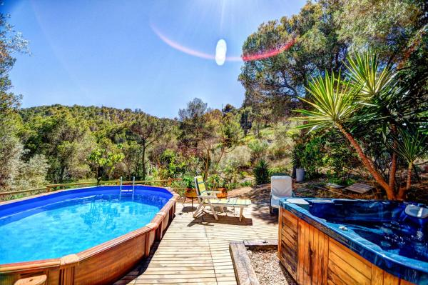 Hotel Pictures: Masia by HelloApartments, Canyelles