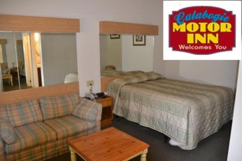 Hotel Pictures: Calabogie Motor Inn, Calabogie