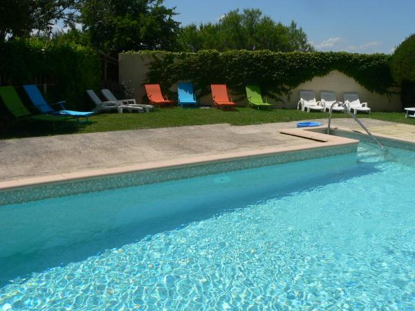 Hotel Pictures: Chambres d'Hôtes Chez Cécile, Lagnes