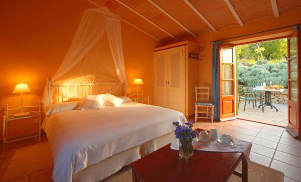 Hotel Pictures: Agroturismo sa Rota d' en Palerm, Lloret de Vistalegre