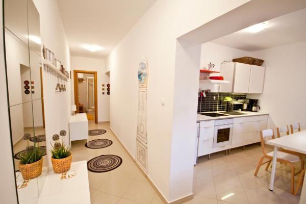 Foto Hotel: Adela Apartments, Dramalj
