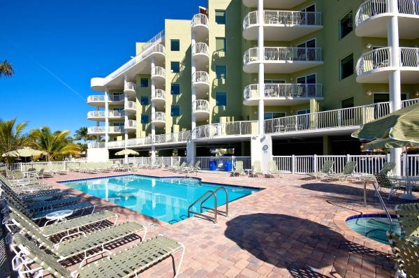 Hotel Pictures: Crystal Palms Beach Resort, St Pete Beach