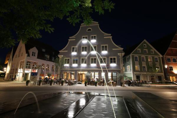Hotelbilleder: Hotel am Schrannenplatz, Memmingen