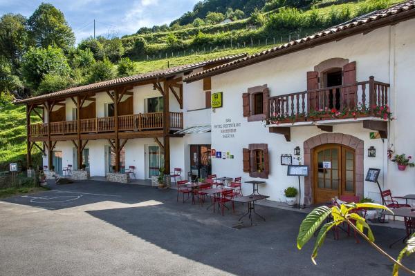 Hotel Pictures: Logis Hotel Erreguina, Banca