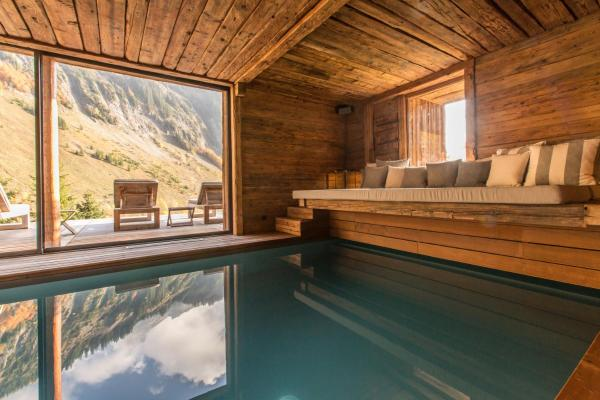 Hotel Pictures: Chalet 1864, Le Grand-Bornand